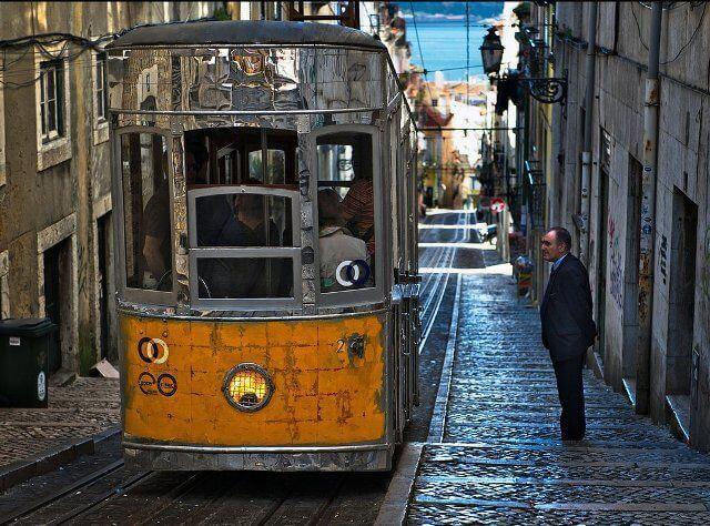Tram_Lisboa_Portugal