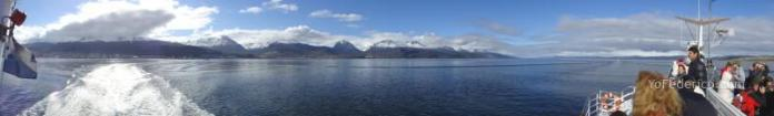 vista panorámica del canal Beagle en Ushuaia