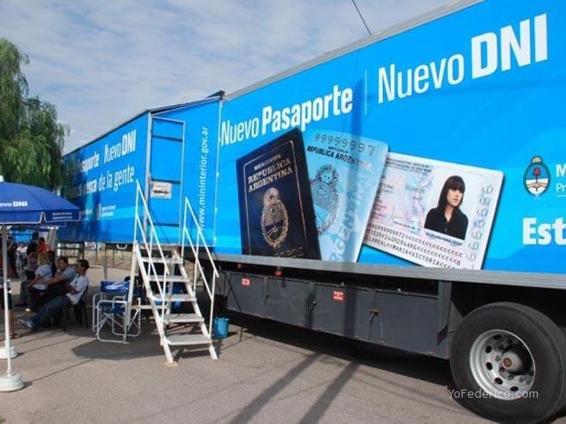 camion DNI Pasaporte Argentino
