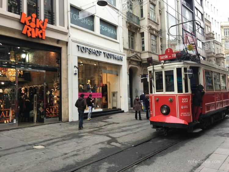 """Todas las tiendas de moda en el centro de Estambul y sus """"INDIRIM"""""""