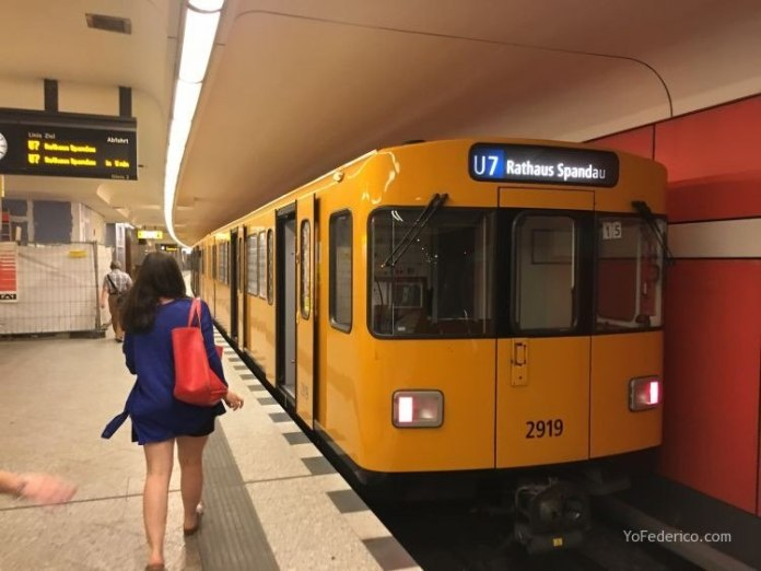 Transporte público desde el aeropuerto Schönefeld hasta la ciudad de Berlín 3