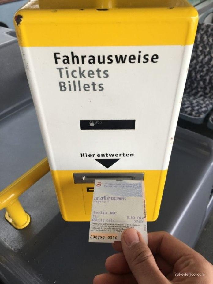 Transporte público desde el aeropuerto Schönefeld hasta la ciudad de Berlín 6