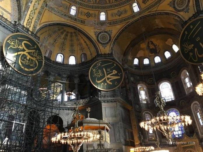 La mezquita Santa Sofía de Estambul 10