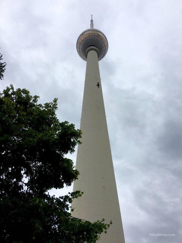 Subimos a la Torre de TV de Berlín 4