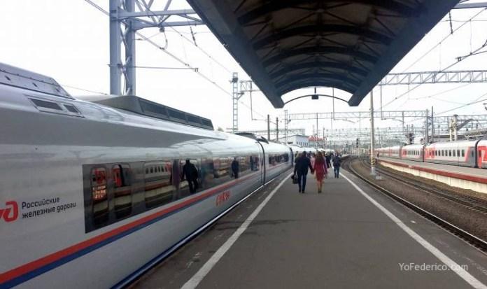 Viaje en tren bala desde San Petersburgo a Moscú 3