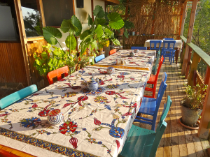 Suleymans_Garden_dining_table
