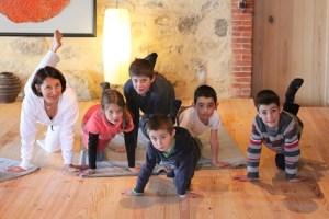 Enfants Majrasana1
