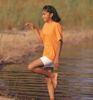 girl in stork pose