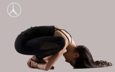 Outer hips and Lolasana (Level 2)