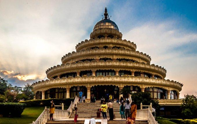 art of living ashram Bangalore - Best Ashrams in India