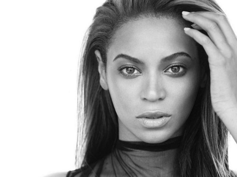 Beyonce doing yoga