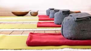 Yoga: Der Atem gibt Auskunft © cmfotoworks/Fotolia Yogannetteblog.de