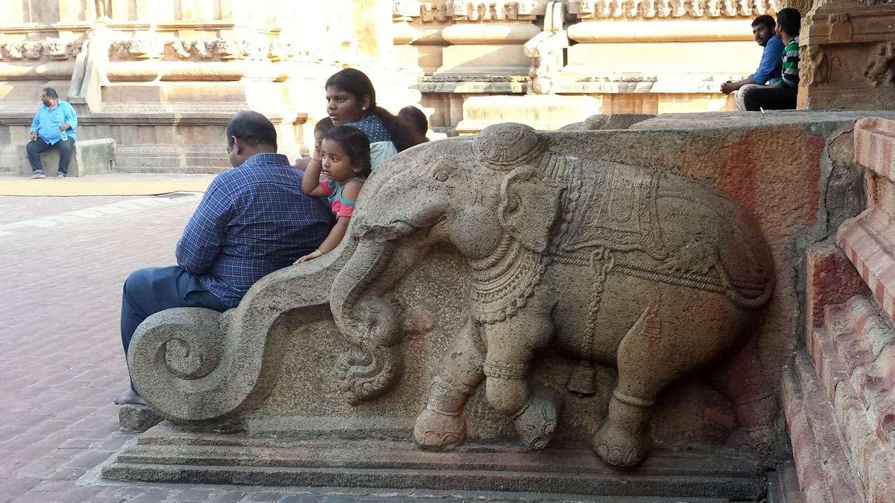 Elefant Indien Tempel © Annette Bauer yoga-xperience.de