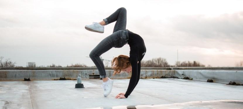 Je lichaamshouding verbeteren met yoga – 4 inzichten