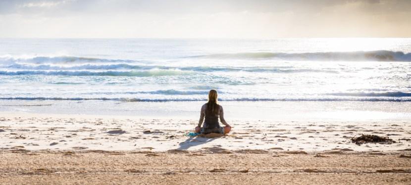 Buiten yoga – 5 redenen waarom yoga zo goed voelt buiten