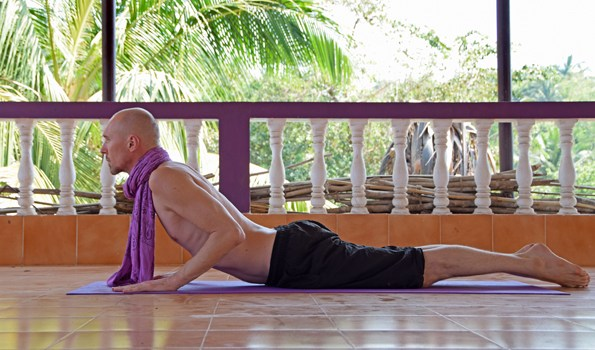 bhujangasana-cobra-post
