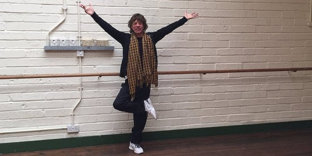 mick-jagger-tree-pose