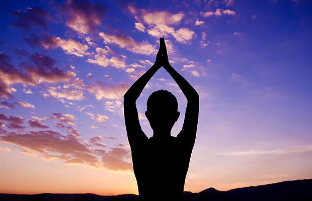 mountain-pose-beginner-yoga-poses