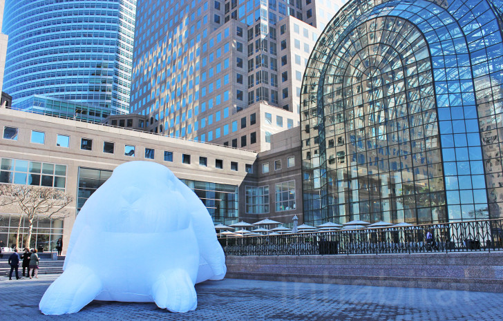 4-story-tall-inflatable-bunnies-set-to-hop-into-downtown-Manhattan-this-weekend-728x465