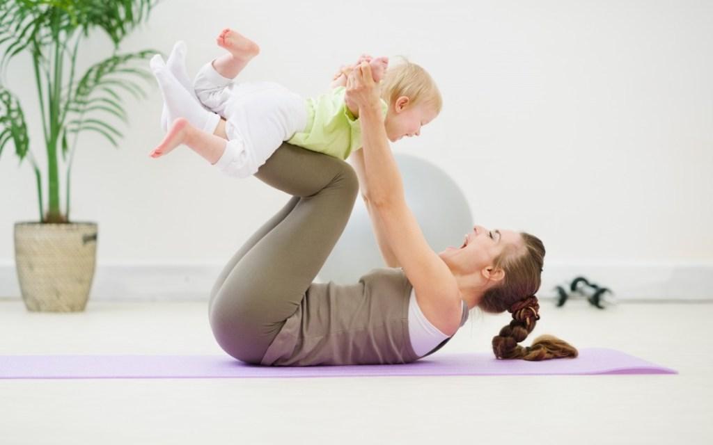 Cinco motivos para que los ni os practiquen yoga - Inicio yoga en casa ...