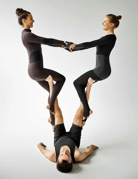 4 Person Yoga Poses : person, poses, Person, Poses:, Challenging, Positions, Yogauthority