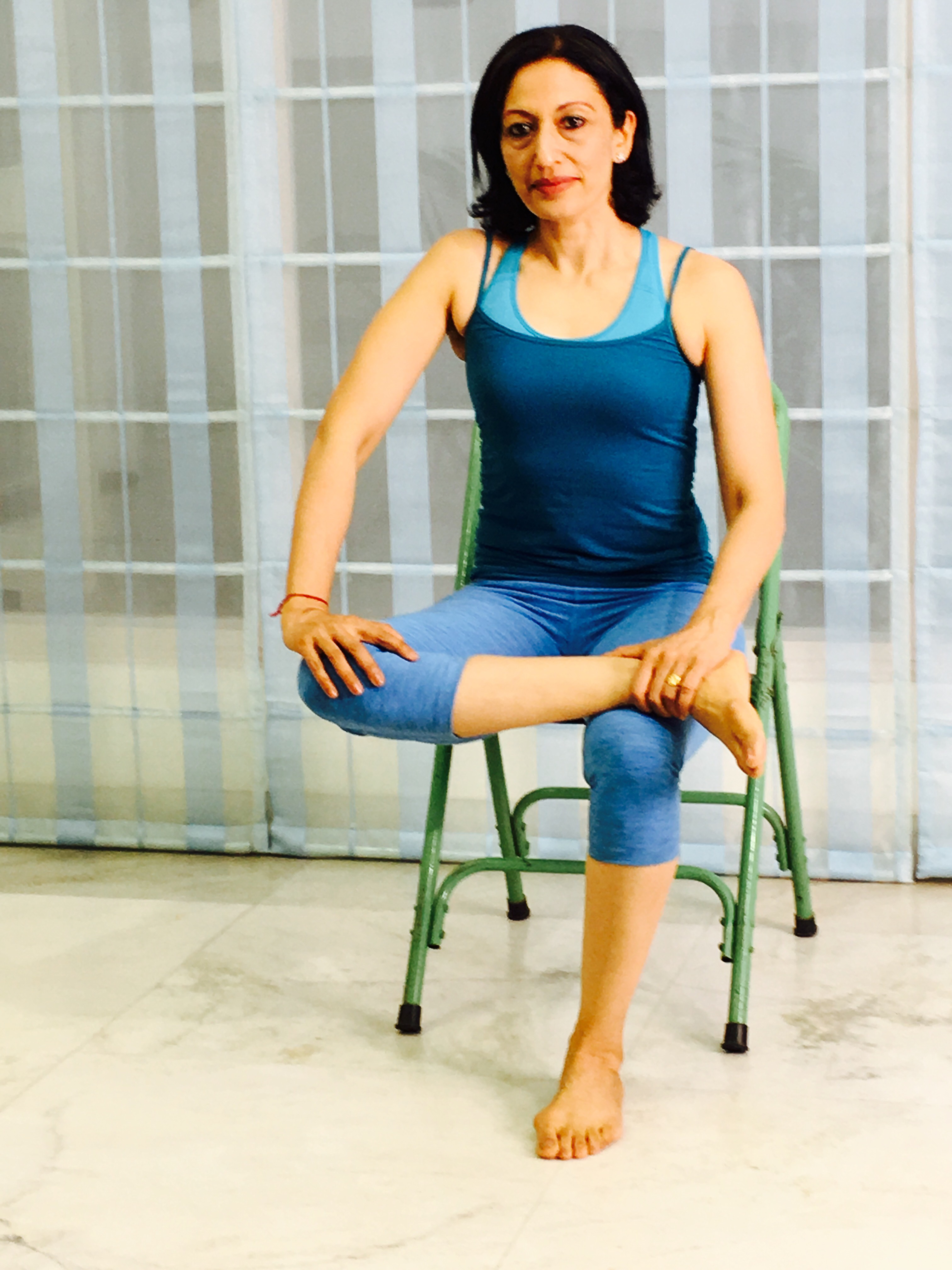 Chair Yoga Poses Seated Chair Yoga Poses To Do In Office Yoga With Sapna