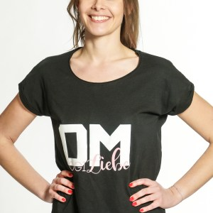 yoga-shirt-damen-om-schwarz