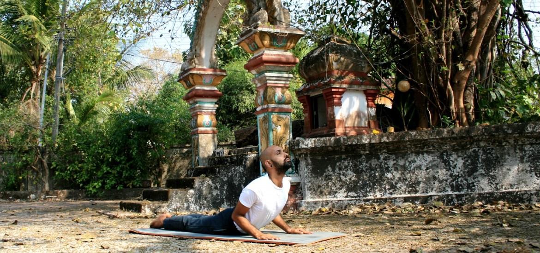 bhujangasana-yogtemple