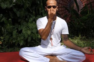 nadi shodhana, Yog Temple, Yoga in Europe