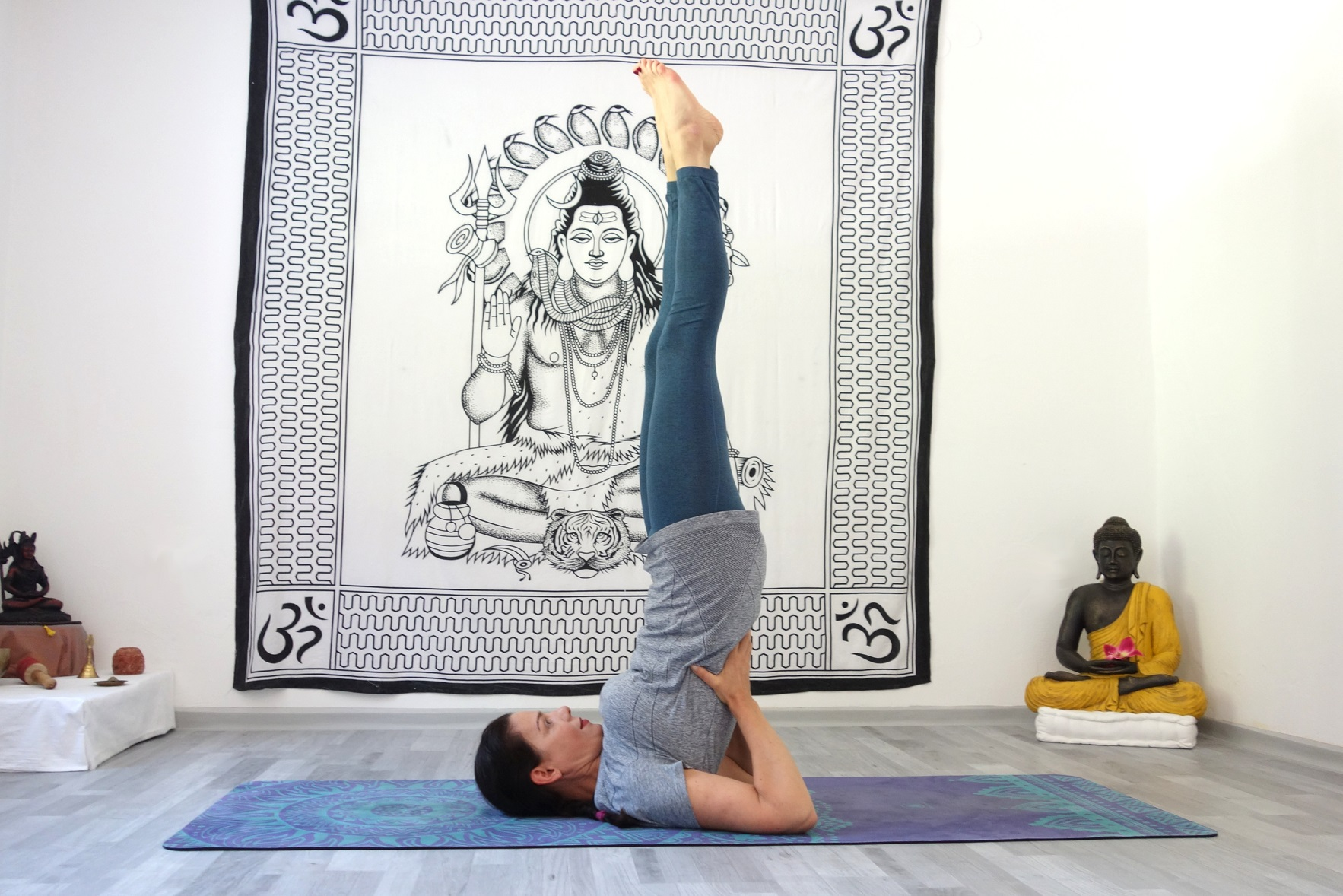 sarvangasana4 - Asana of the Month: Sarvangasana