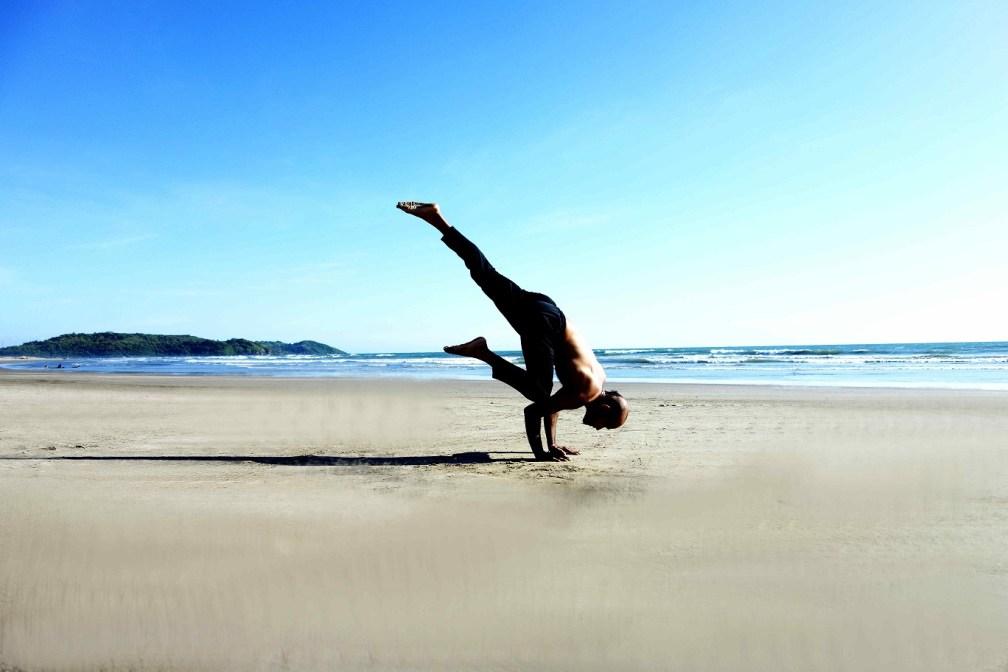 ekapadabakadhyanasana yogtemple - Yoga Asana Glossary