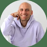 patrikb - Yoga Teacher Training Sweden