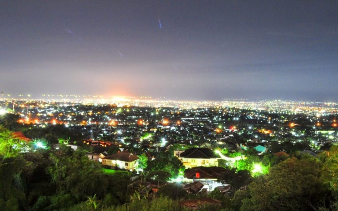 Spend a Romantic Evening at Bukit Bintang Yogyakarta