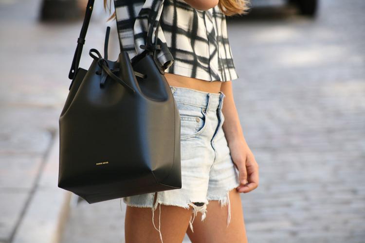 bucket-bag-street-style-yohanasant-4