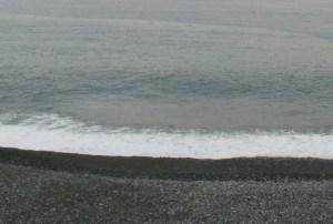 海で拾ったゴミ7品目を売って稼ぐ方法|メルカリ・ヤフオクで