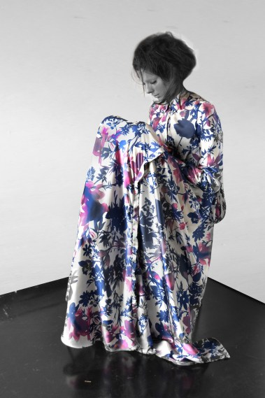 Yojiro Kake 2014AW maxi long front shirt // photo by Sayaka Onuma, edited by Oka HuiYun Lin