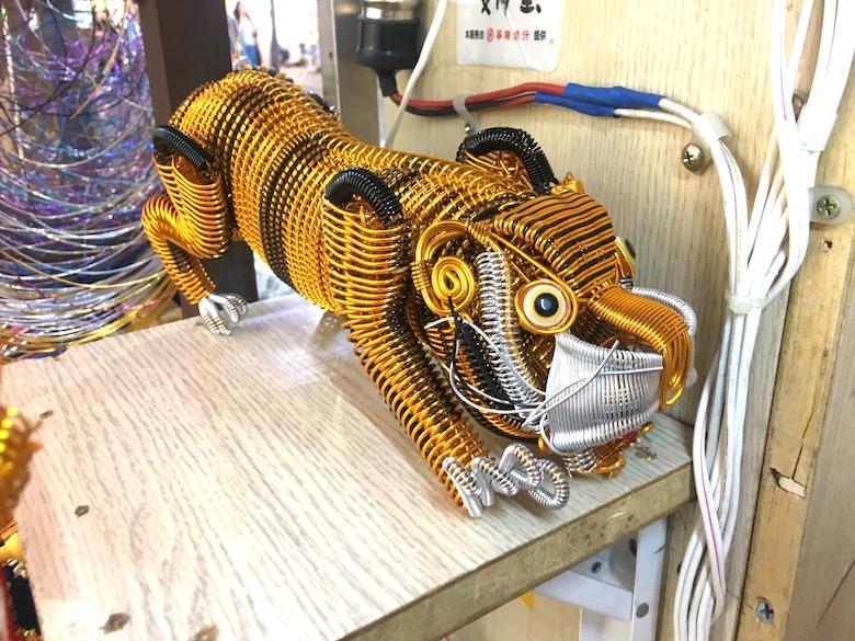 台湾で発見!針金アート