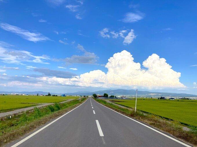 走っていて気持ちいい北海道の道!