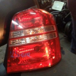 Toyota_Kluger_taillight