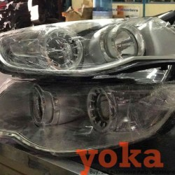 2007 VW Touareg Headlights