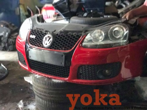 VW Golf 5 GTI Nosecut
