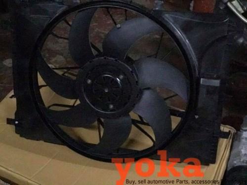 W204 Engine Fan