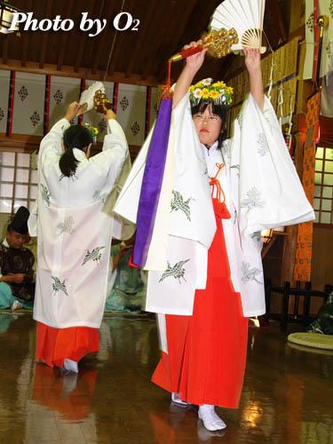 上磯八幡宮本祭 鈴上舞 2005