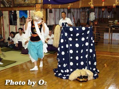 平成19年 知内町 雷公神社 宵宮祭 松前神楽 十二の手獅子舞 面足獅子