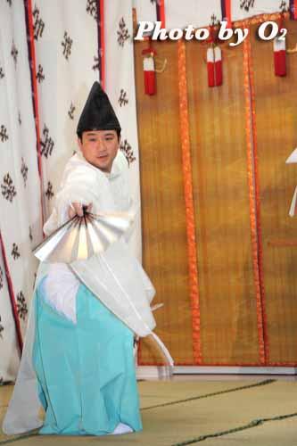 北海道 札幌 札幌村神社 神楽舞 千歳