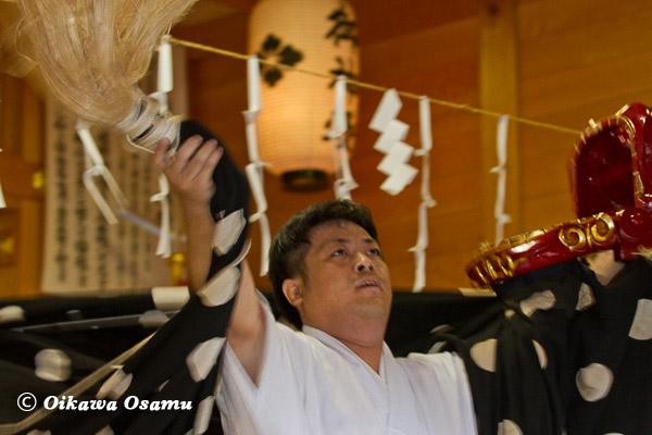 鹿部稲荷神社宵宮祭 松前神楽 獅子舞