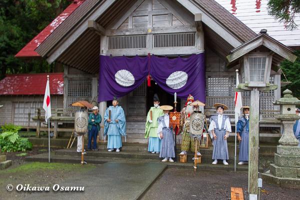 福島町 福島大神宮渡御祭 2013 四箇散米行列を待つ