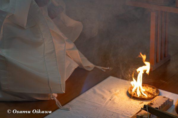 平成30年 美瑛町 美瑛神社宵宮祭 那智・美瑛火祭り 火きり神事 火おこし03