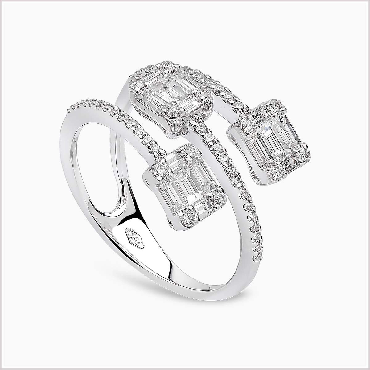 Yoko London Starlight Diamond Ring