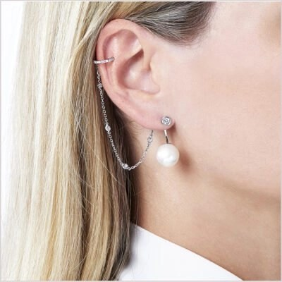Yoko London Novus Diamond and Pearl Earrings with Cuff